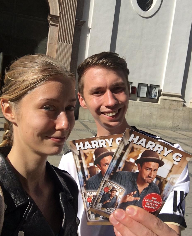 Harry G_Street Promotion